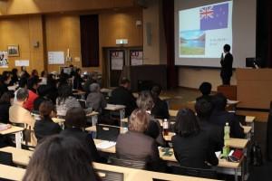 学生発表「海外研修サポートインターン」